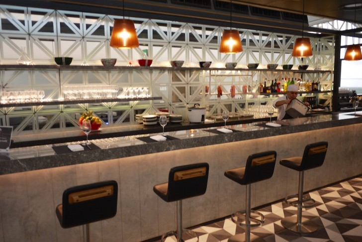 Get Qantas Amp American Airlines Lounge Access With Admirals