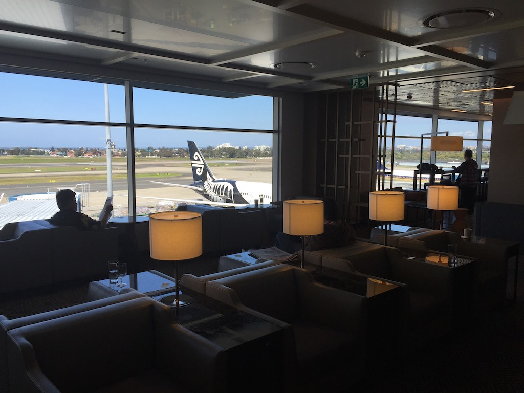 Singapore Airlines Sydney Business Class Lounge (3)