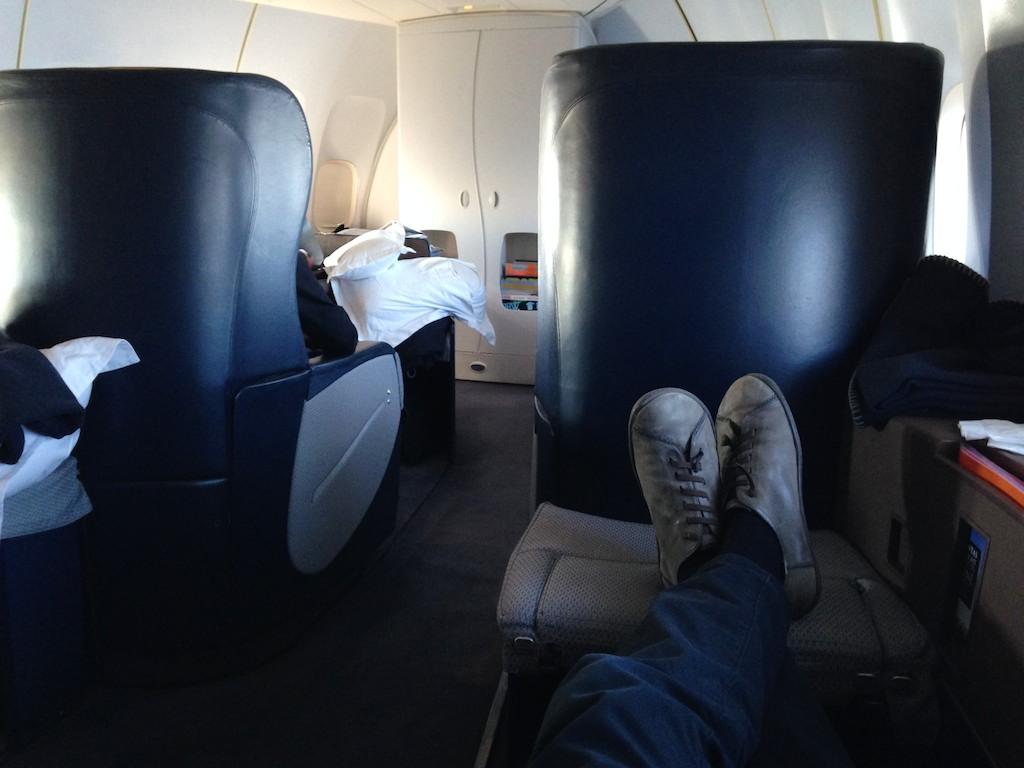 Hong Kong - Sydney Qantas 747 First Class review
