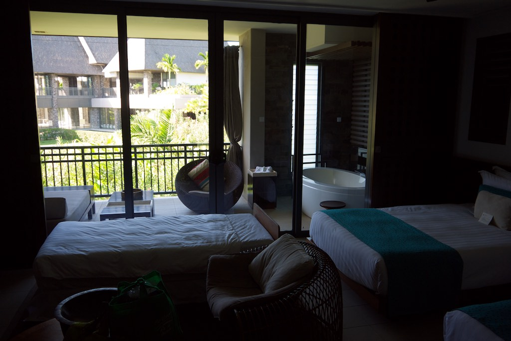 Intercontinental resort fiji hotel review for Garden rooms reviews