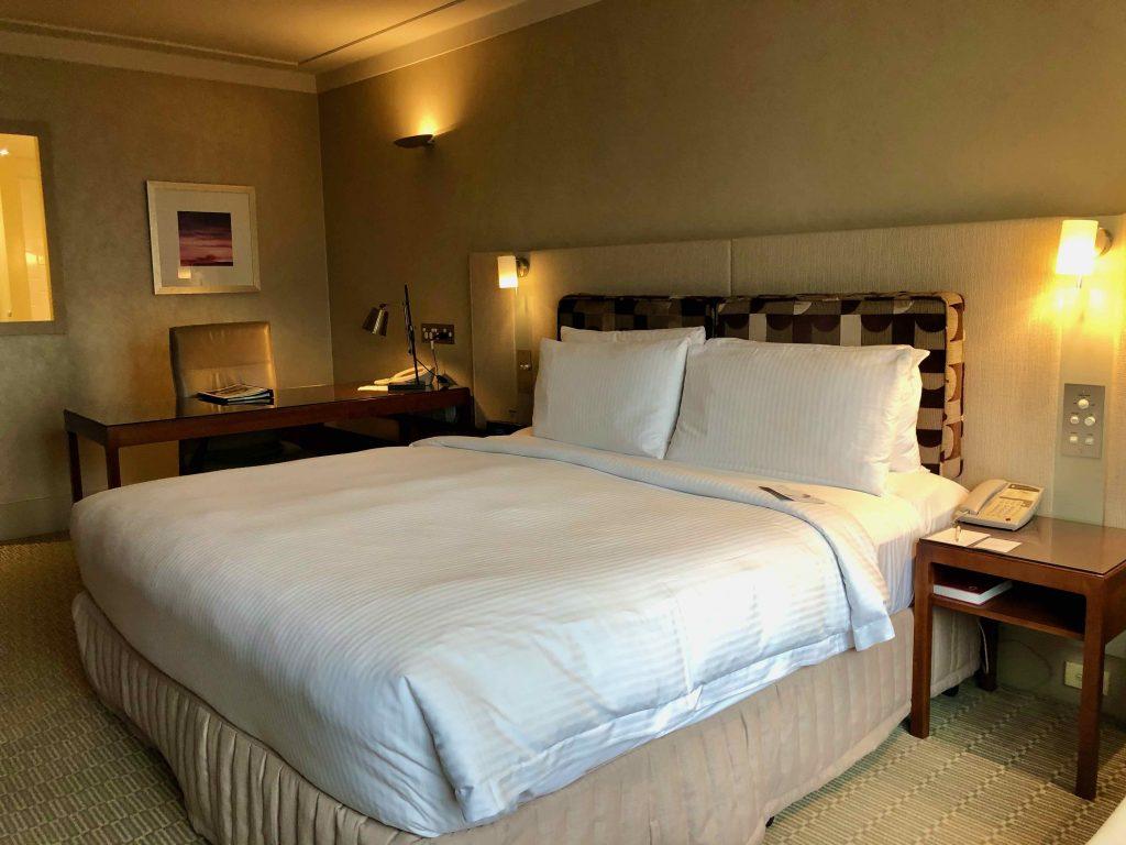 InterContinental Sydney bed