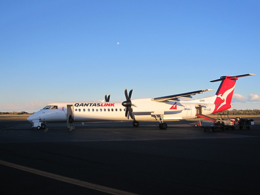 Dash 8 Q400 review