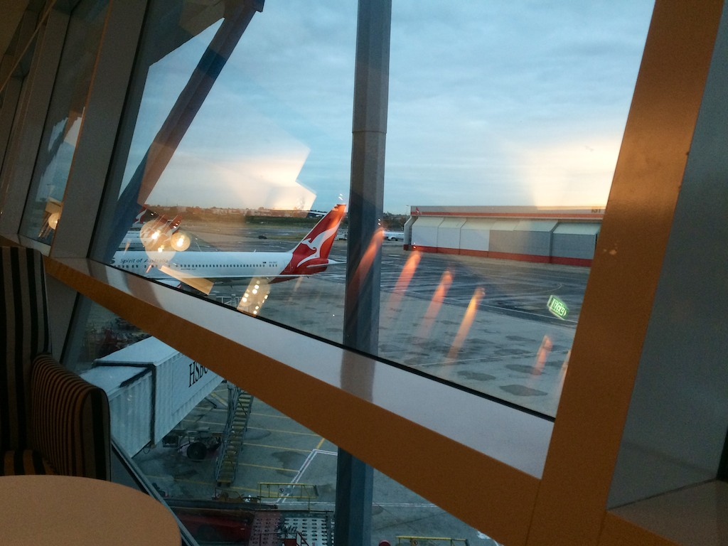 2 Qantas Domestic Business Lounge - Sydney