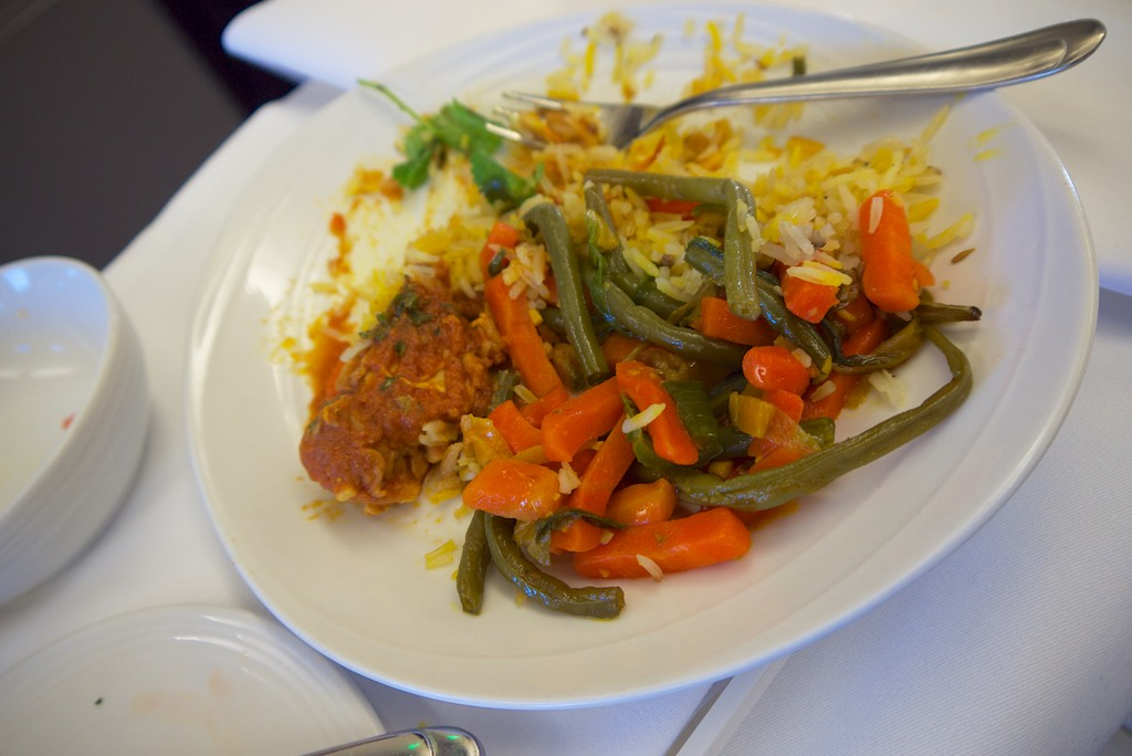 16 Malaysia Airlines MH21 Business Class dining