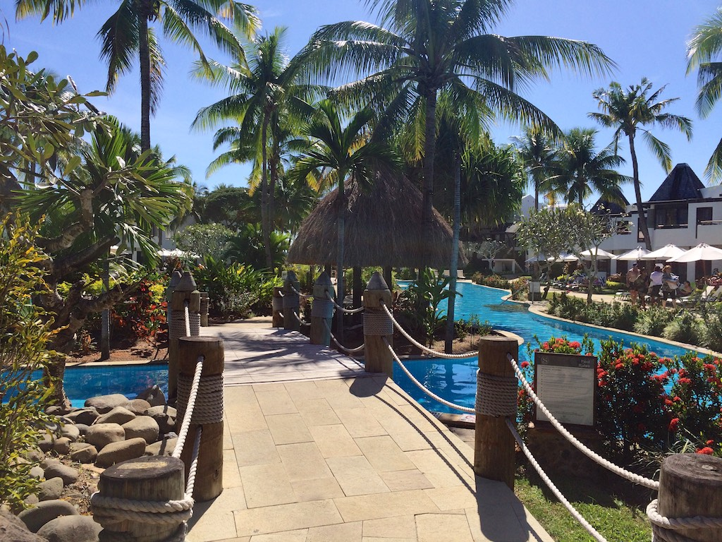 10 Sheraton Villas Fiji Pool