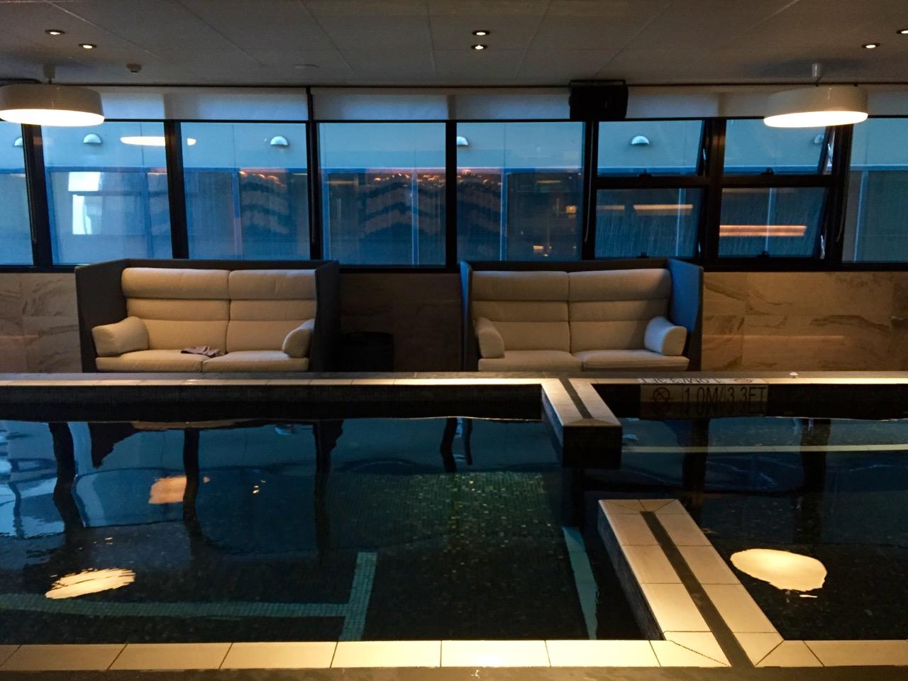Sheraton Melbourne Pool