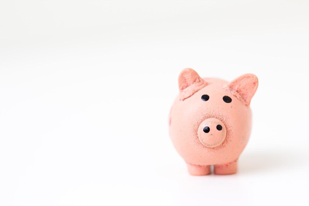 Piggy bank money saving | Point Hacks