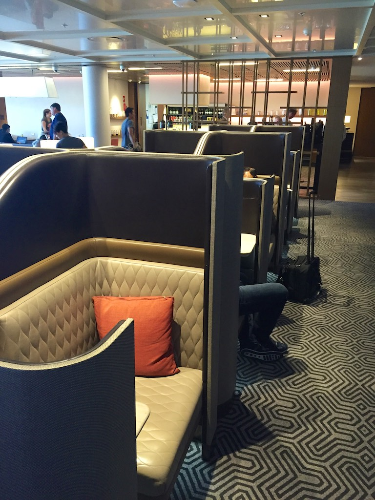 Singapore Airlines Sydney Business Class Lounge (1)
