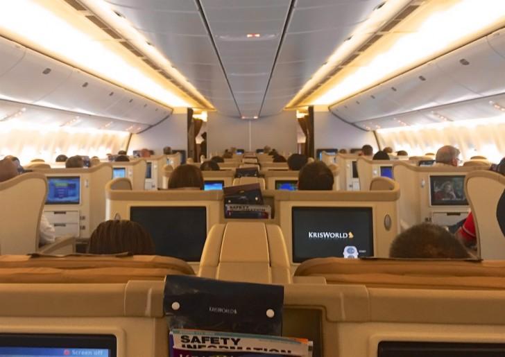 Singapore Airlines 777-300 Business Class Review - SQ211 Singapore - Sydney | Point Hacks