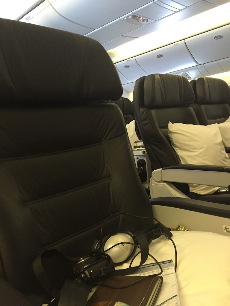 Air New Zealand Premium Economy 777 200 5 | Point Hacks