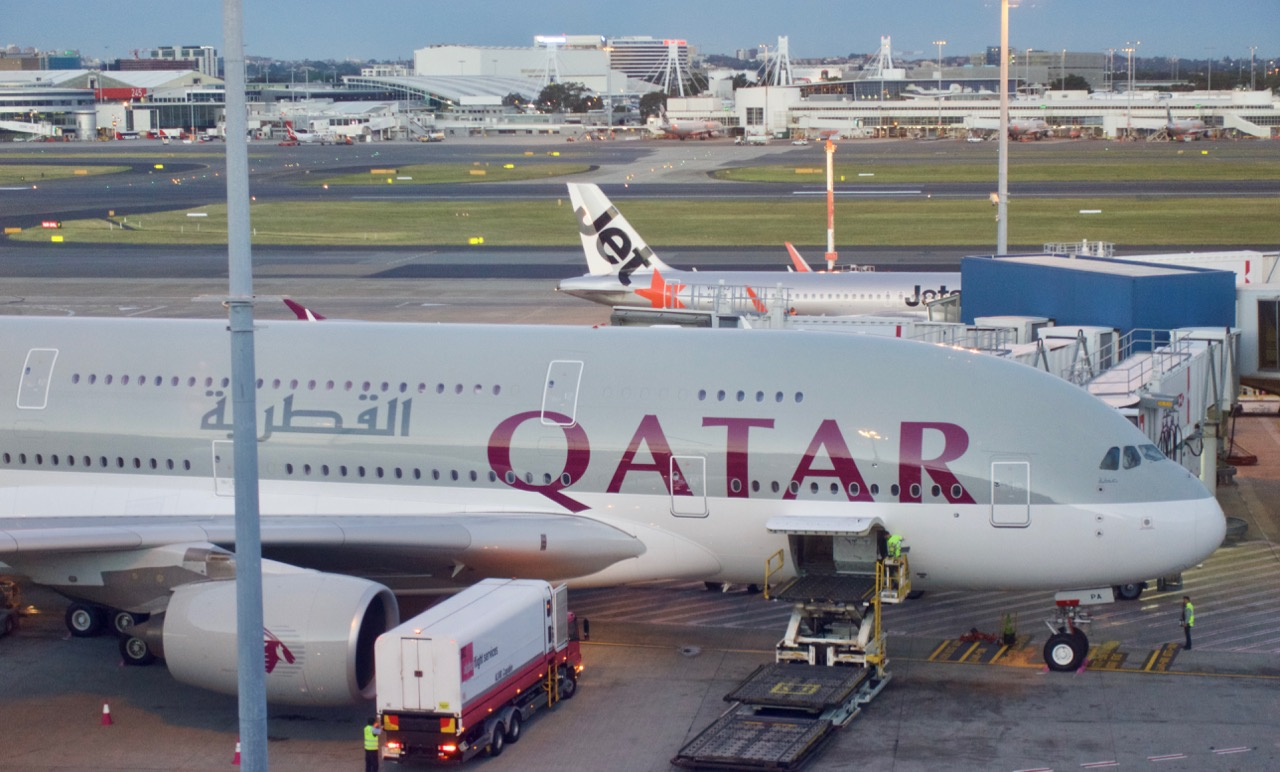 Qatar A380 in Sydney | Point Hacks