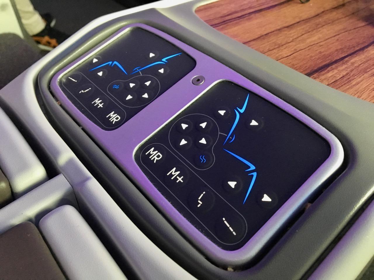 LATAM 787 Business Class seat control