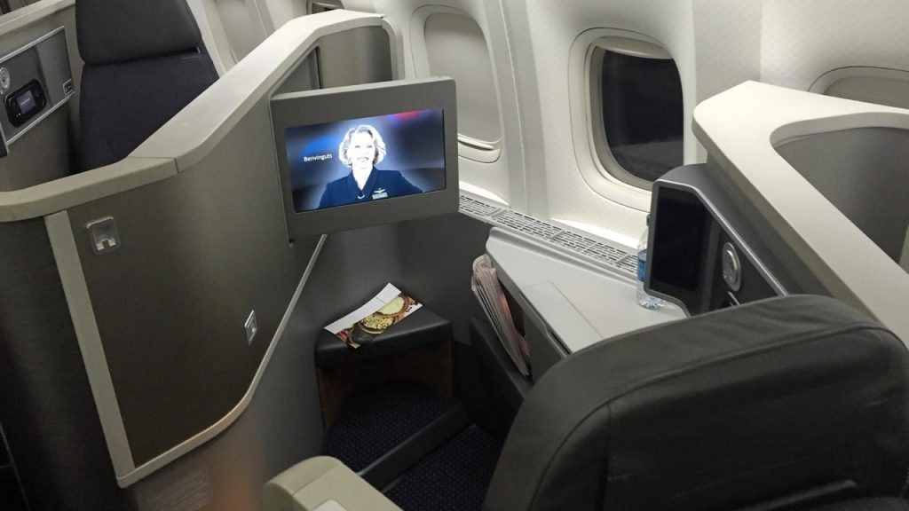 American Airlines AA142 Business Class