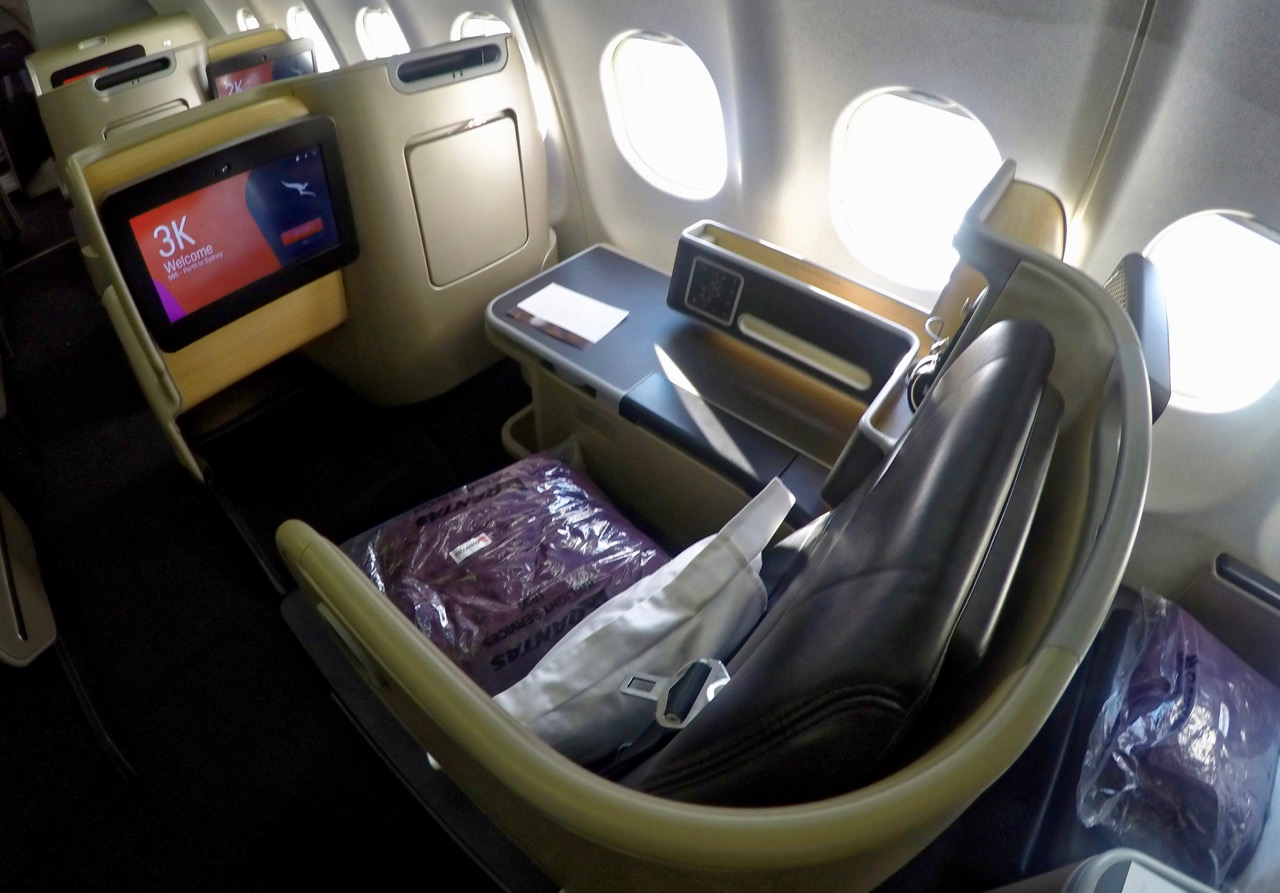 Qantas A330 Domestic Business Class seat