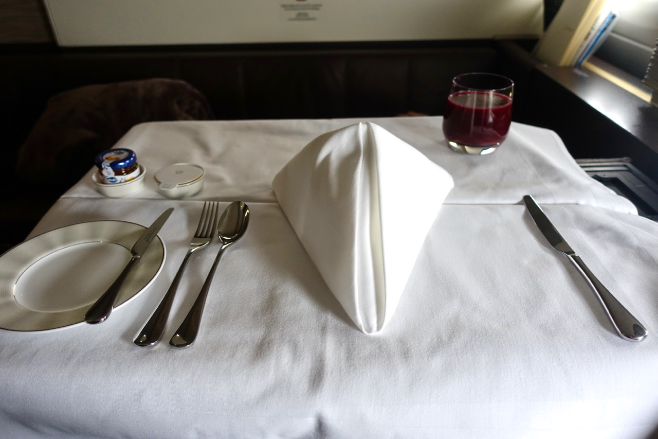 Etihad A380 First Class Apartment meal service