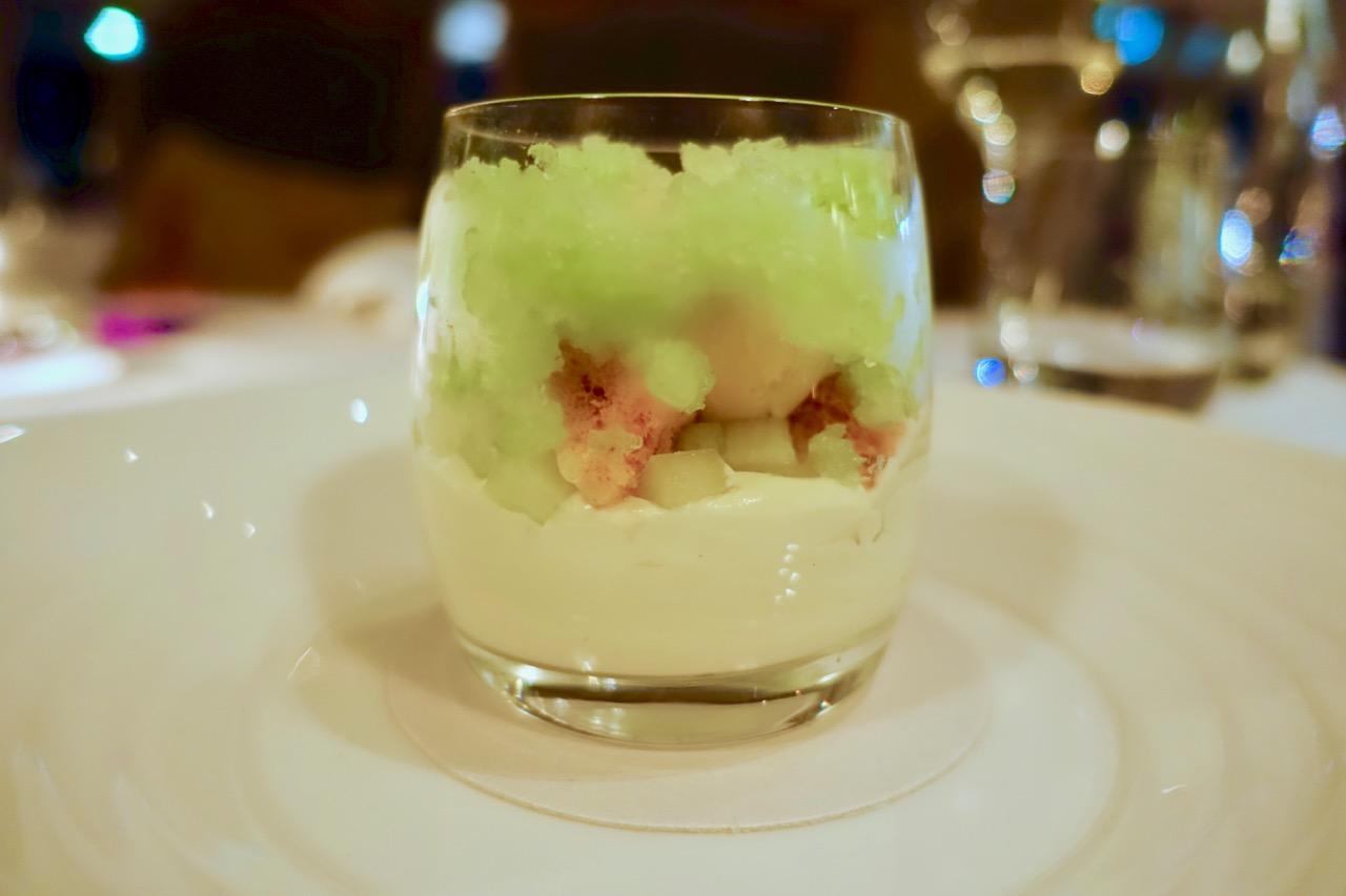 Emirates Wolgan Valley food