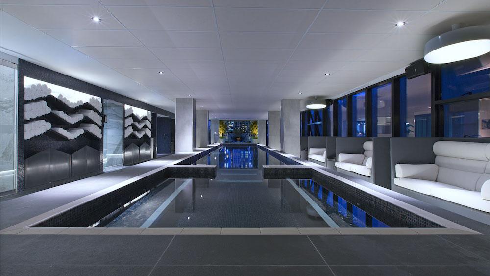 Sheraton Melbourne Pool | Point Hacks