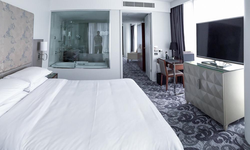 Sheraton Melbourne Suite| Point Hacks