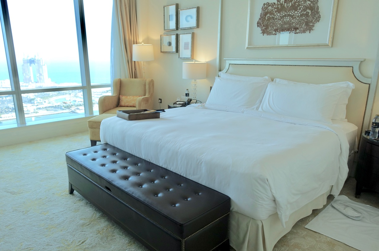 The St. Regis Abu Dhabi Room | Point Hacks