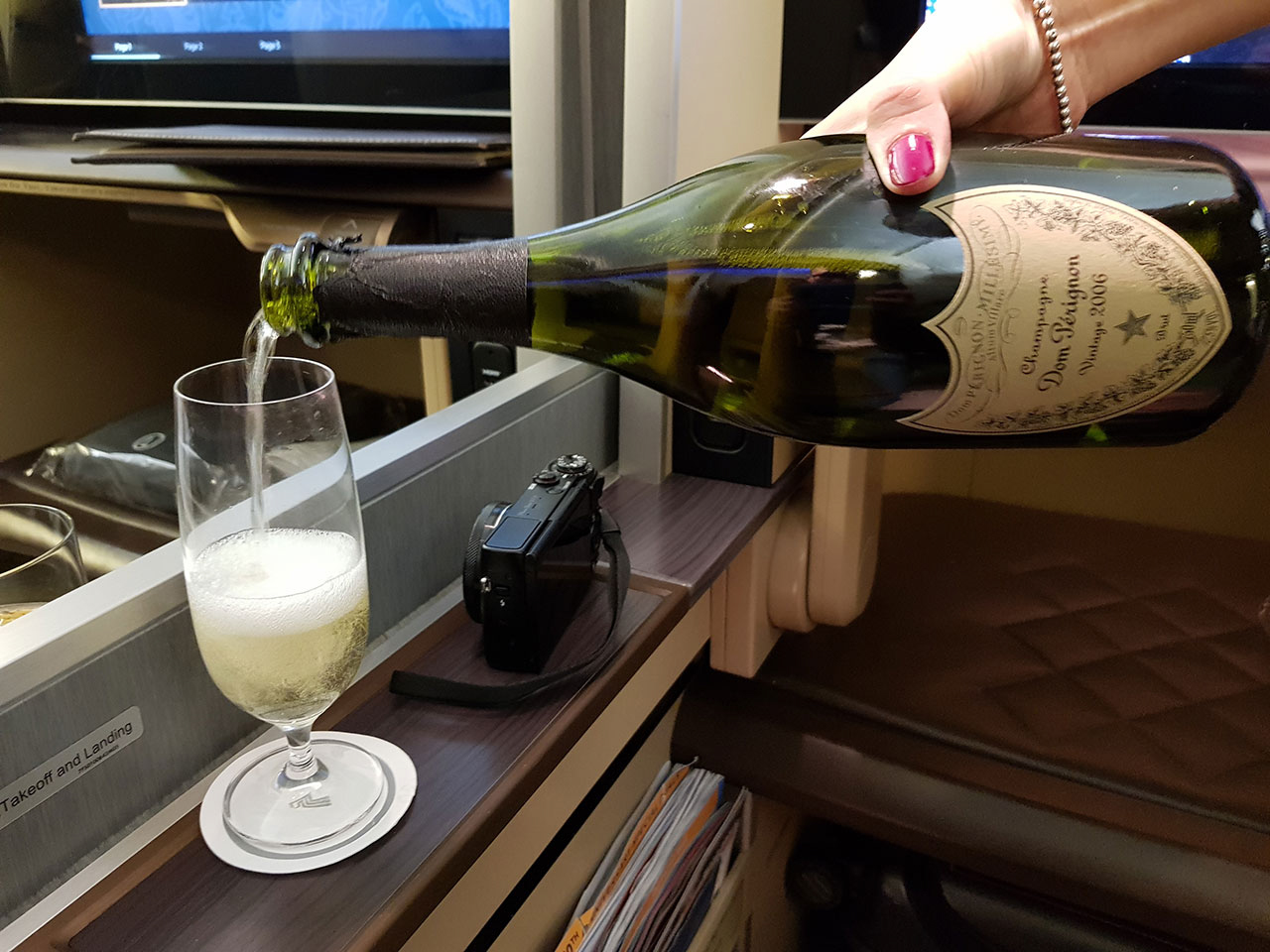 Singapore Airlines 777-300ER First Class Dom Pérignon