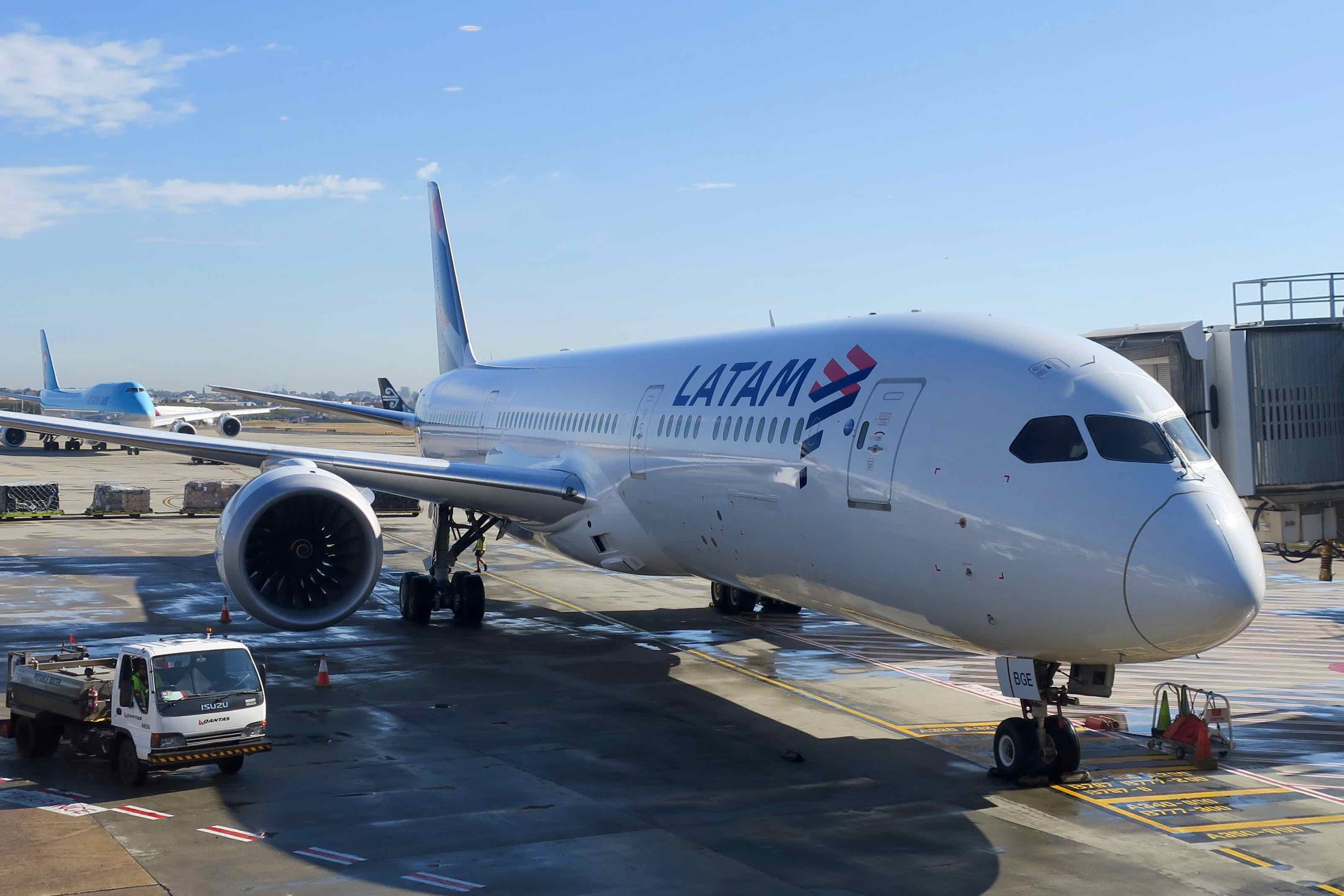 LATAM Boeing 787 Dreamliner at Sydney Airport