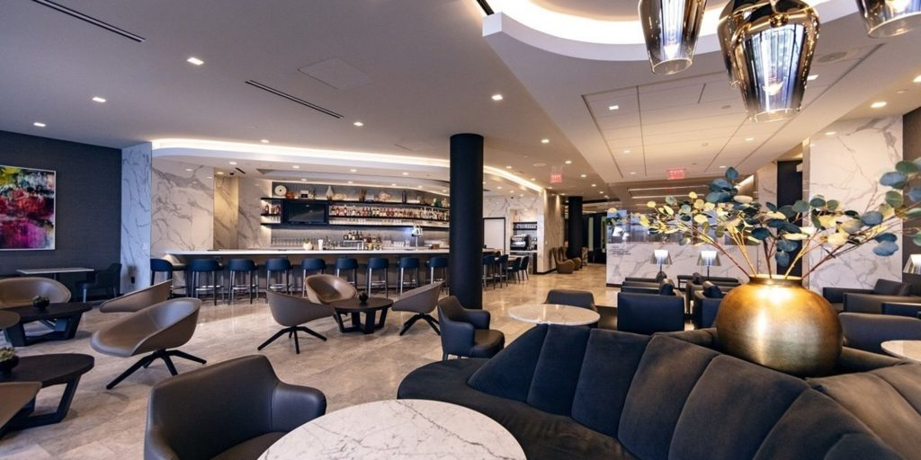 United Airlines Polaris Lounge