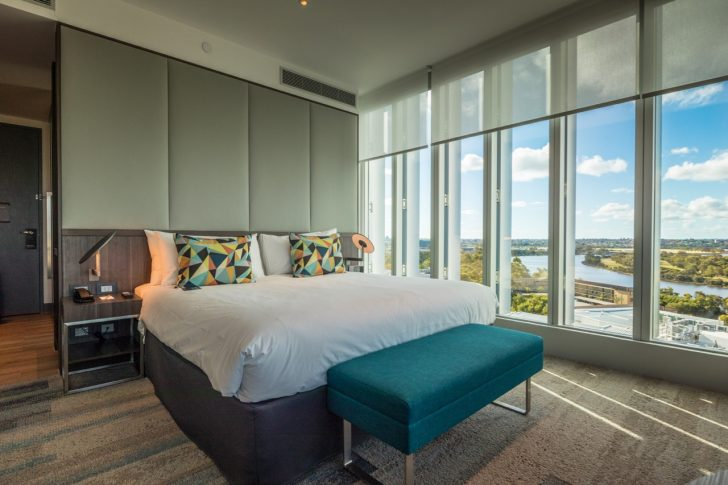 Aloft Perth Breezy Corner King Room | Point Hacks