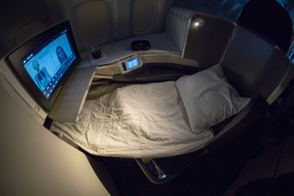 Air Canada Boeing 777 200lr Business Class Overview