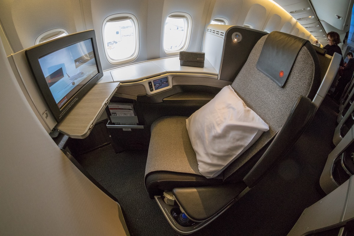 Air Canada Boeing 777 Business Class