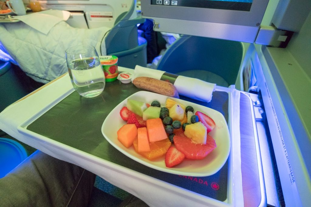 Air Canada Boeing 767-300 Business Class food
