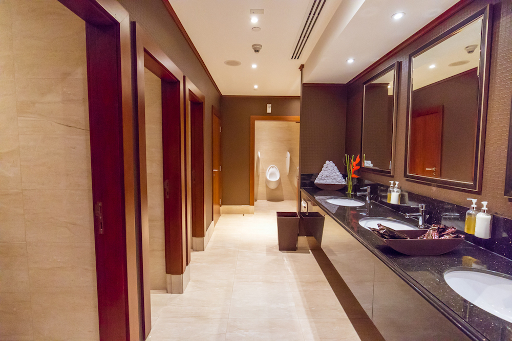Emirates First Class Lounge Terminal 3 Concourse C Dubai bathroom