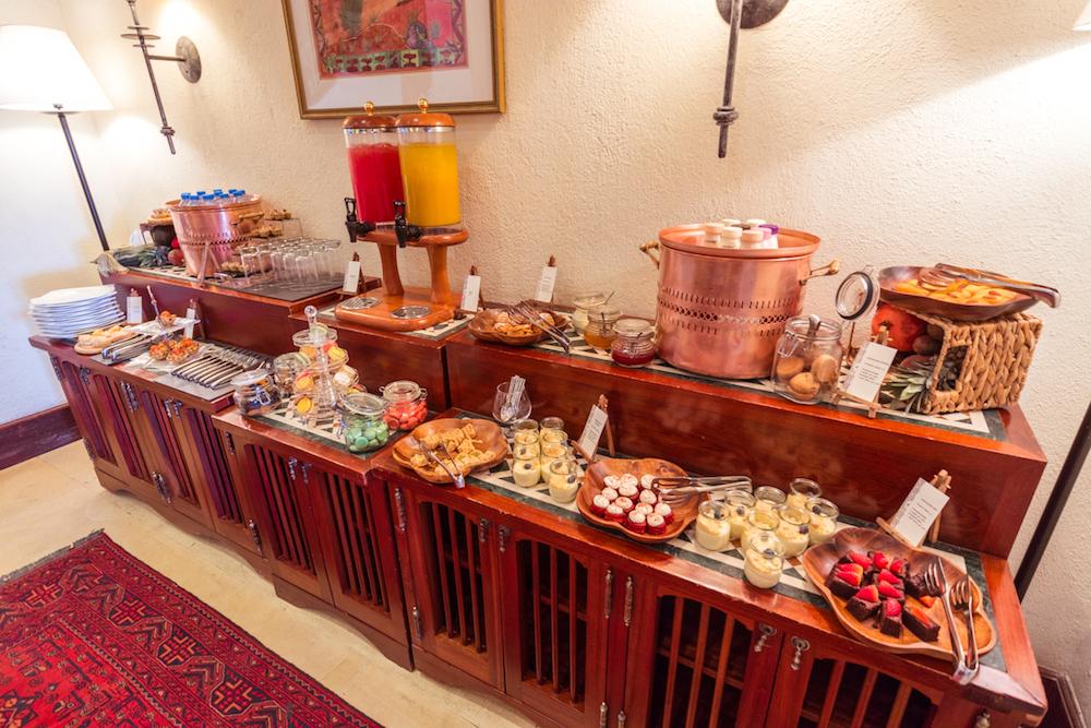 Al Maha, a Luxury Collection Desert Resort & Spa, Dubai morning and afternoon tea