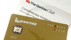 Qantas grants one-year status extension to elite members