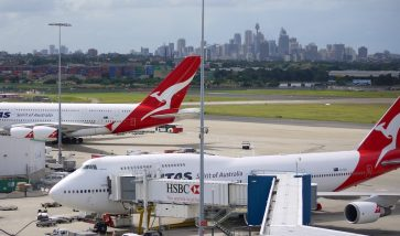 How to get a layover of up to 24 hours in a transit city when using Qantas Points