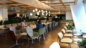 Review: Qantas International Business Lounge Los Angeles