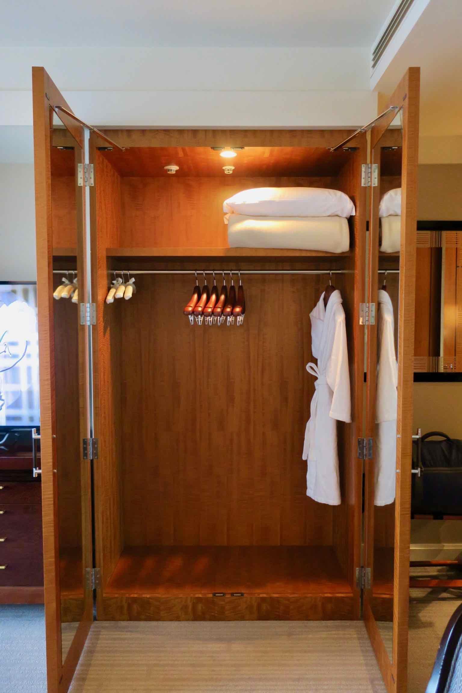 The Ritz-Carlton, Tokyo closet