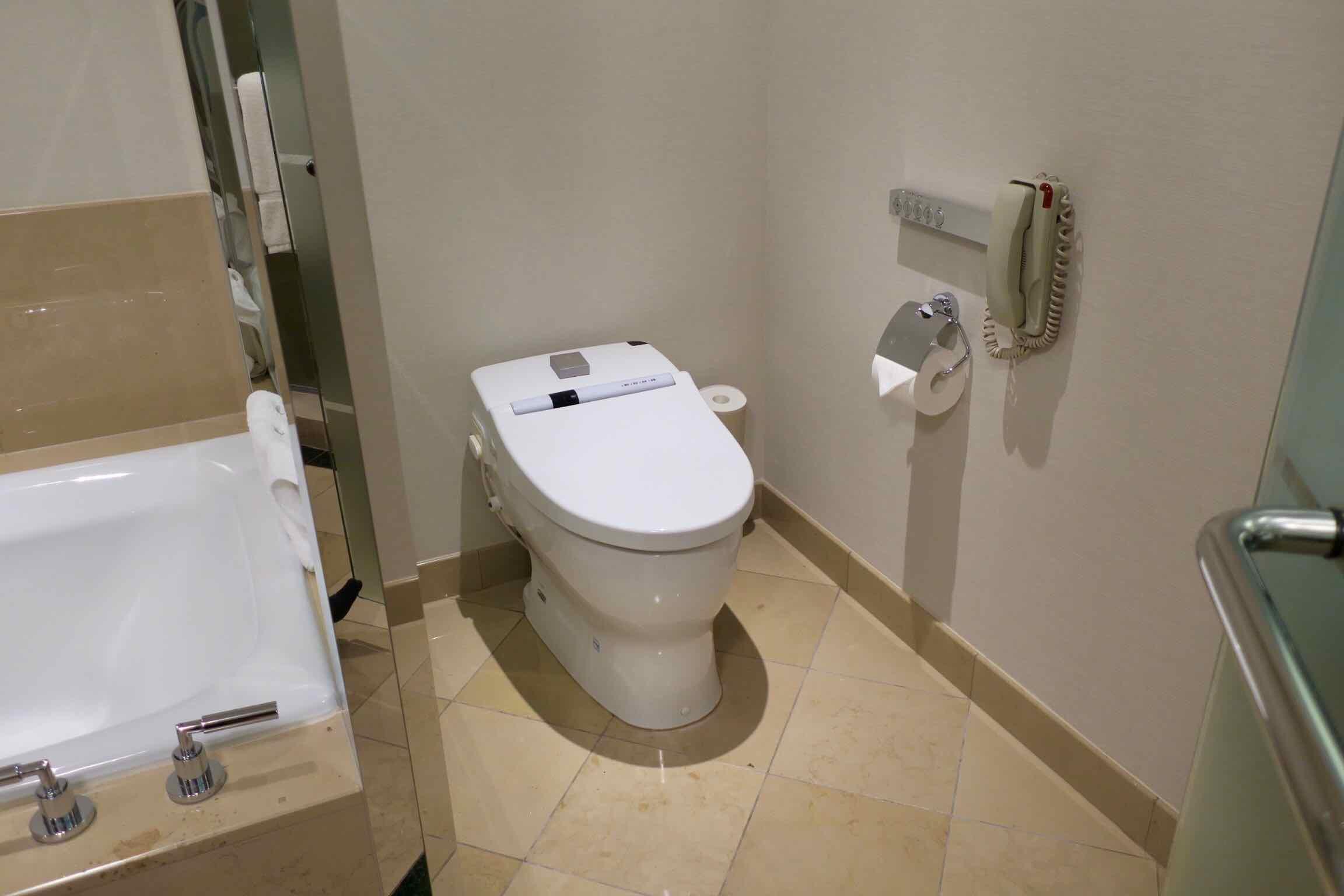 The Ritz-Carlton, Tokyo toilet