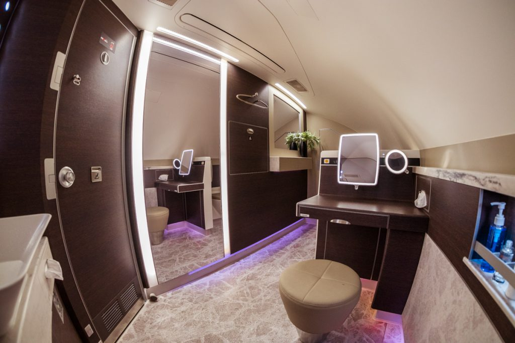 Singapore Airlines A380 Suites Class bathroom