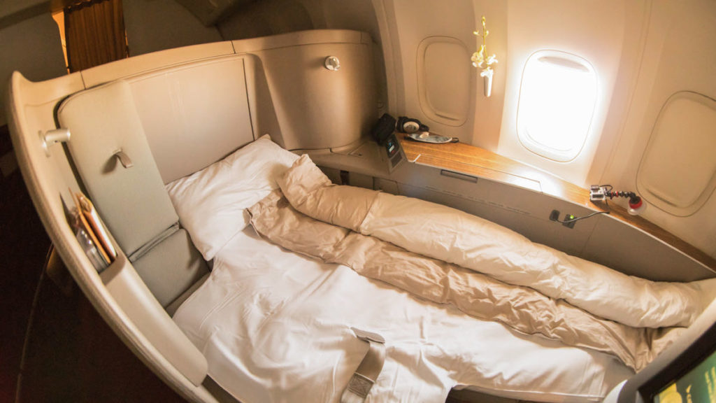 Cathay Pacific CX-777 First Class bed