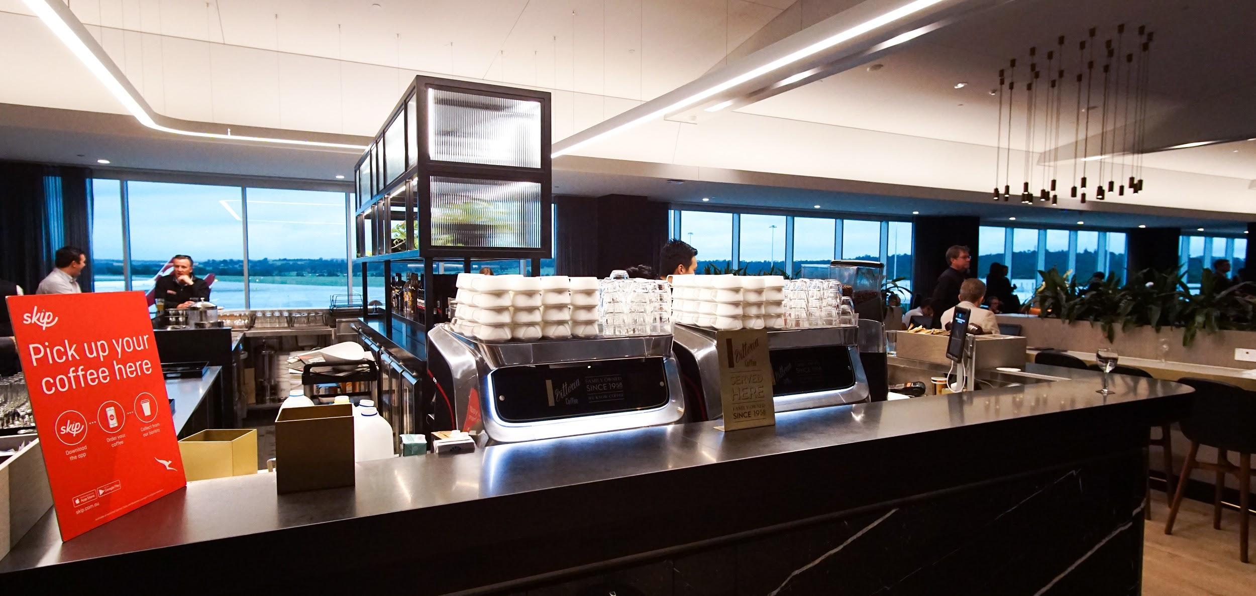 Qantas Domestic Business Lounge Melbourne barista bar