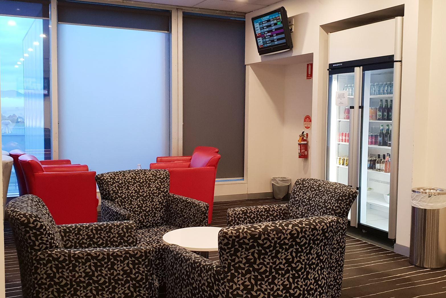 Qantas Regional Lounge Launceston drinks