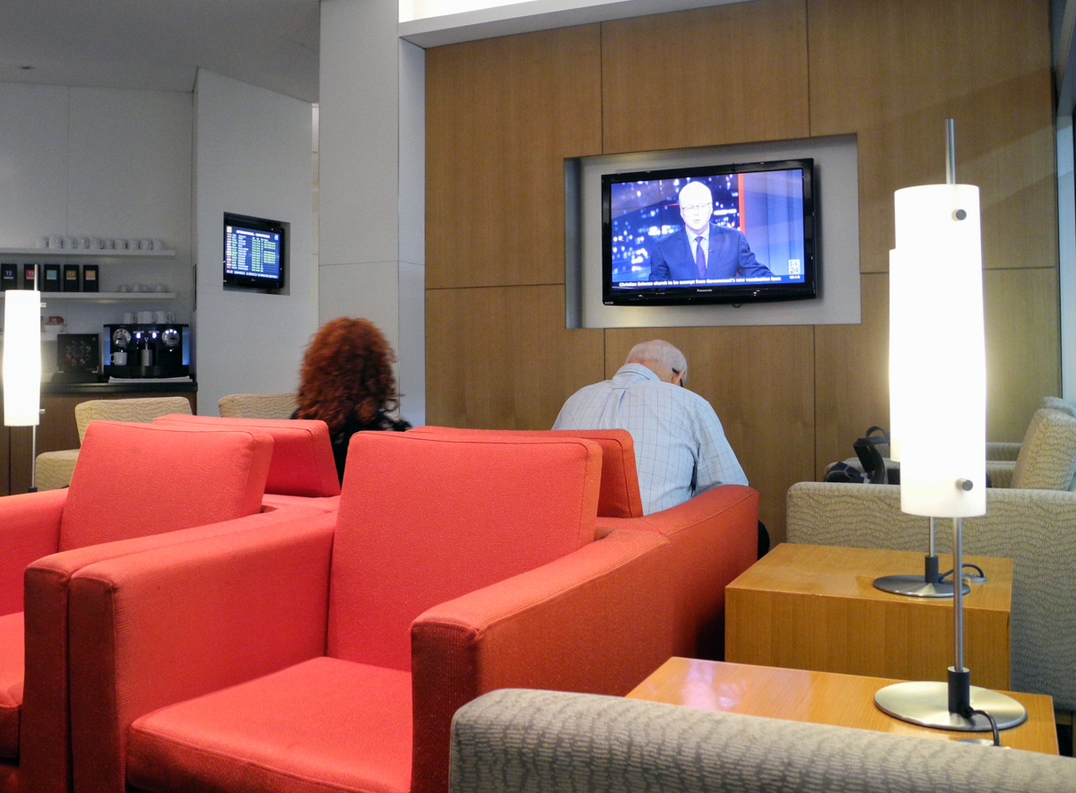 Cathay Pacific Business and First Class Melbourne Lounge seating area