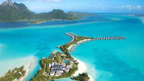 St.Regis Bora Bora - Using Marriott Bonvoy points guide | Point Hacks