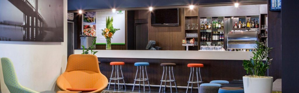 Holiday Inn Airport Melbourne review | Point Hacks