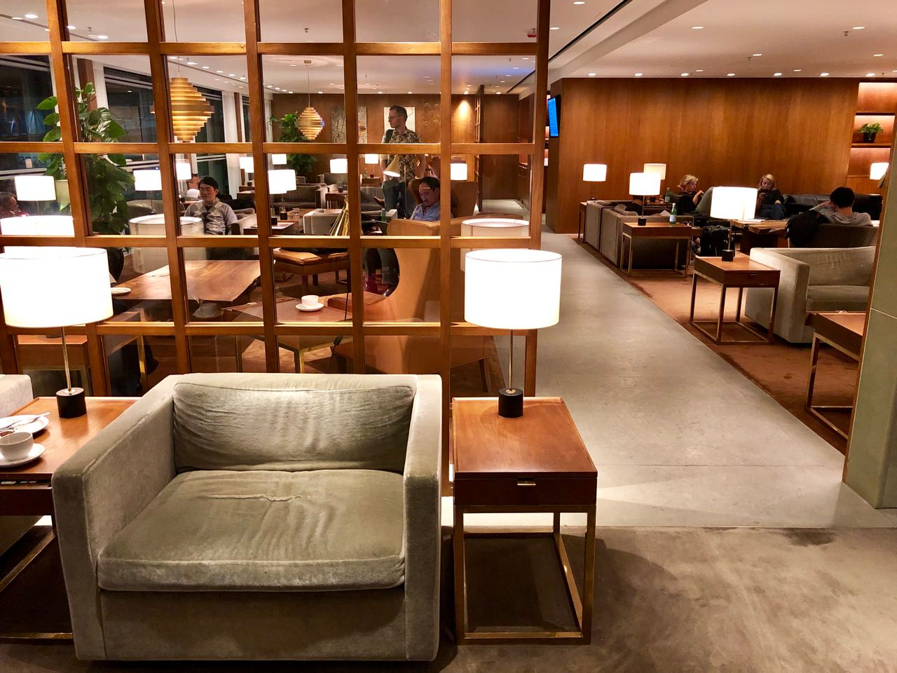 Cathay Pacific The Pier First Class Lounge lounge