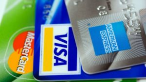 Credit Cards that offer bonus points on overseas, foreign and non-Australian dollar purchases