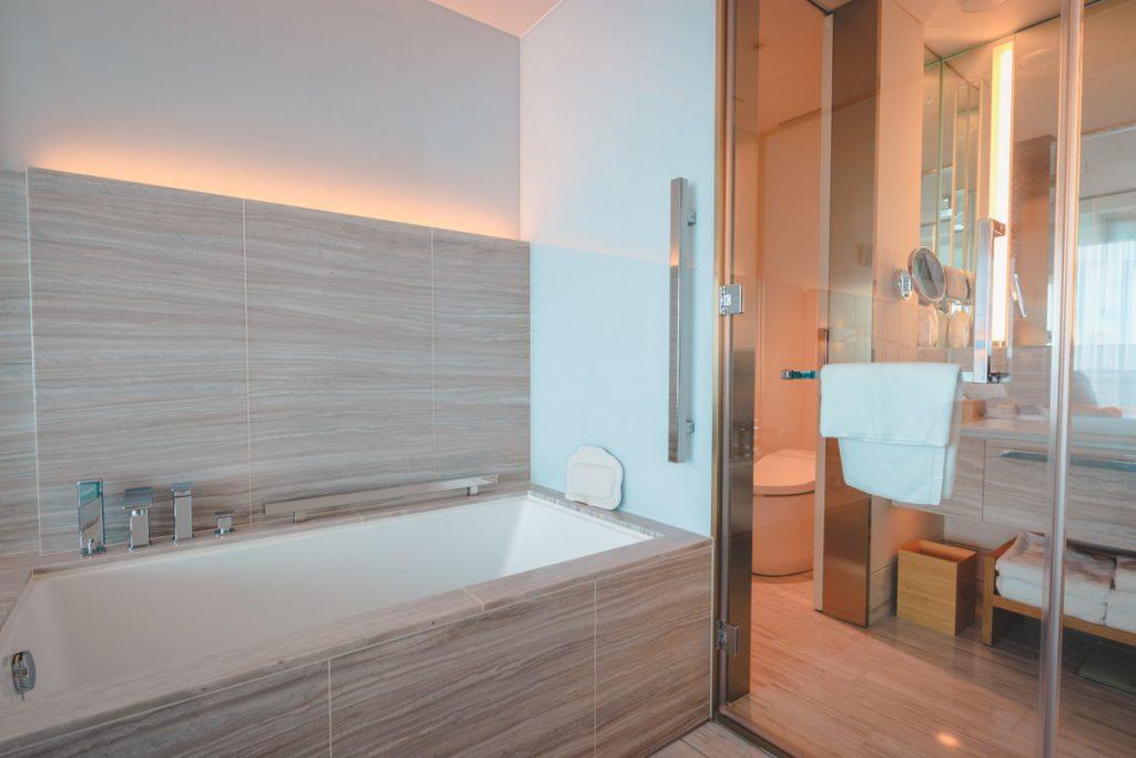 The Prince Gallery Kioicho Tokyo delux bathtub