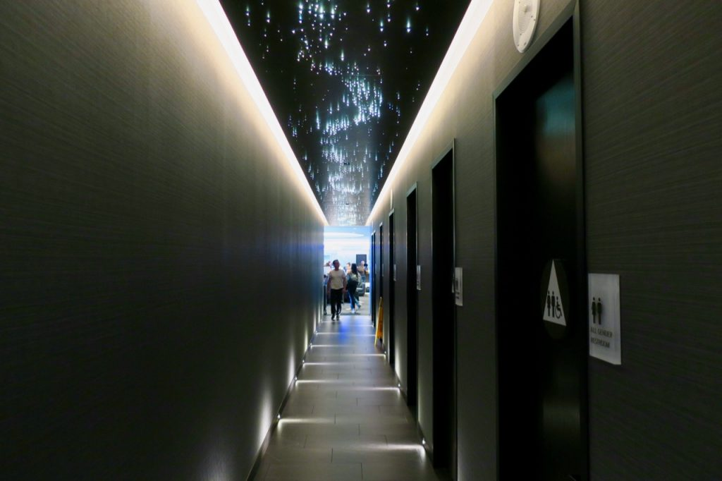 United Polaris Lounge SFO bathroom corridor