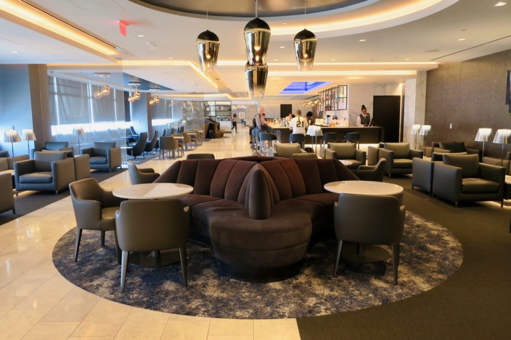 United Polaris Lounge SFO centre area