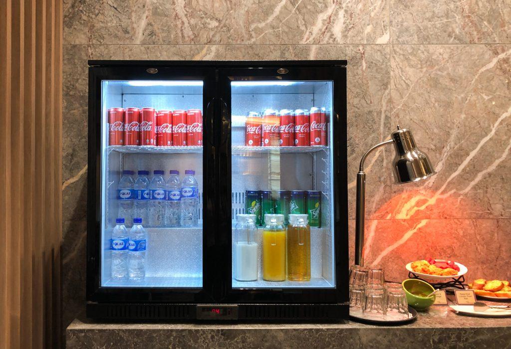 Changi Lounge Jewel Singapore drinks